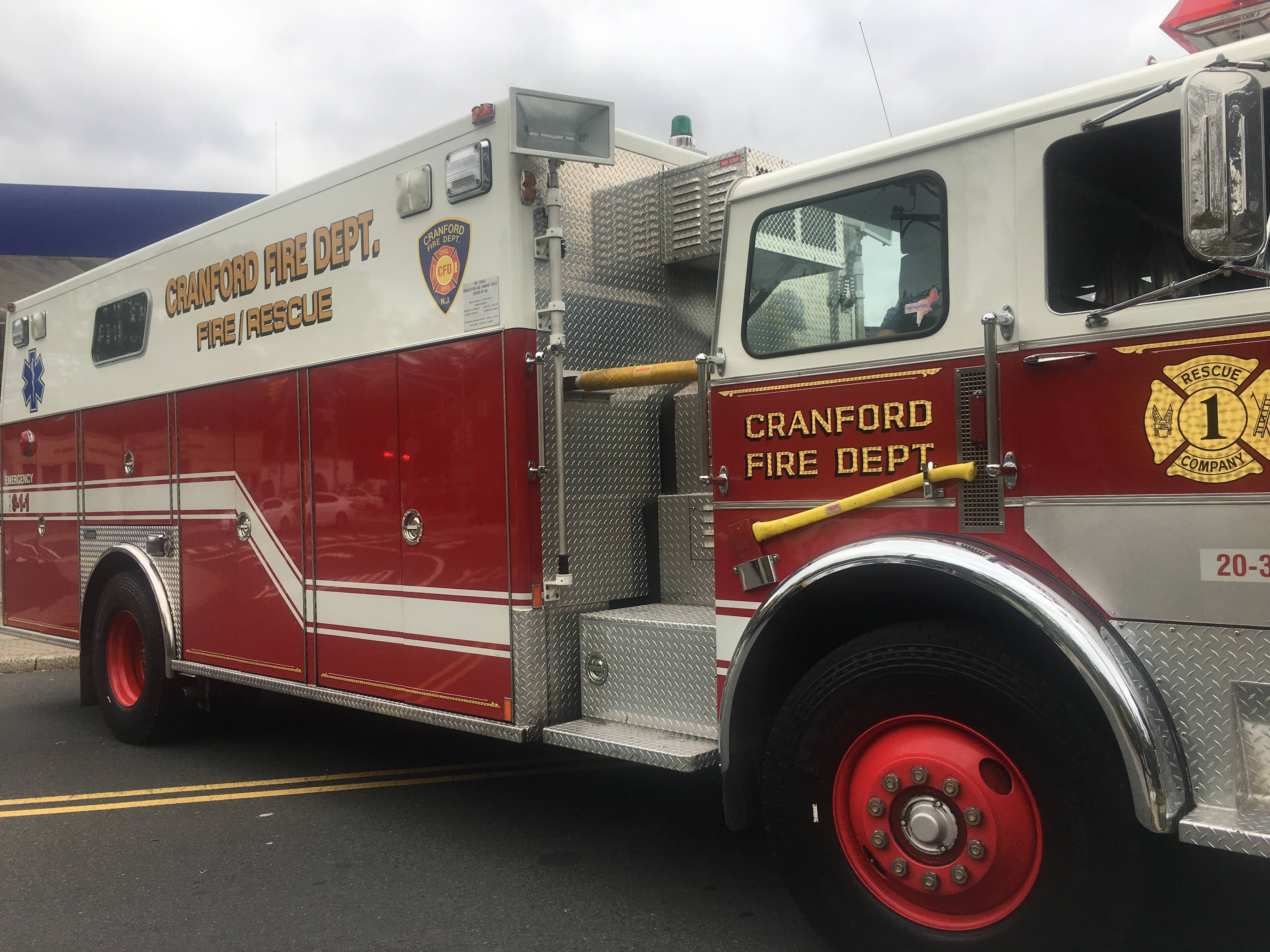 njsp helicopter with Three Injured In Electrical Fire In Cranford On T on Nj State Police C oree 2011 likewise 21694 furthermore Three Injured In Electrical Fire In Cranford On T also Watch also Article 610a7317 8479 5e5c Af22 6caf186ec359.
