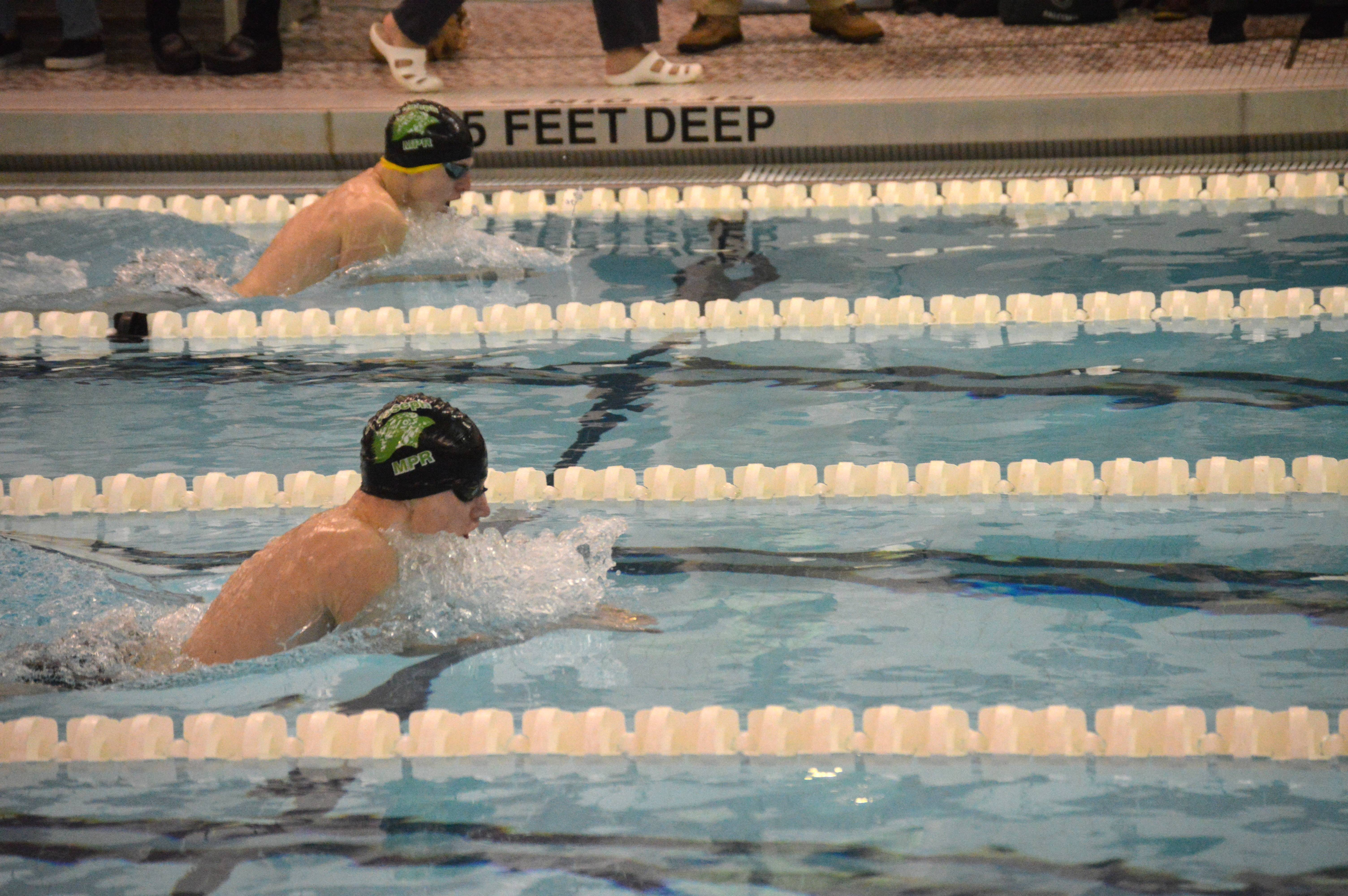 954fe1ac0ddfd90239fc_1-18-17_Mike_Esposito_and_George_Wade_finished_1-2_in_the_100_Breaststroke.JPG