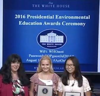 99f4378e9af29ba7c060_white_house_miles_award.jpg
