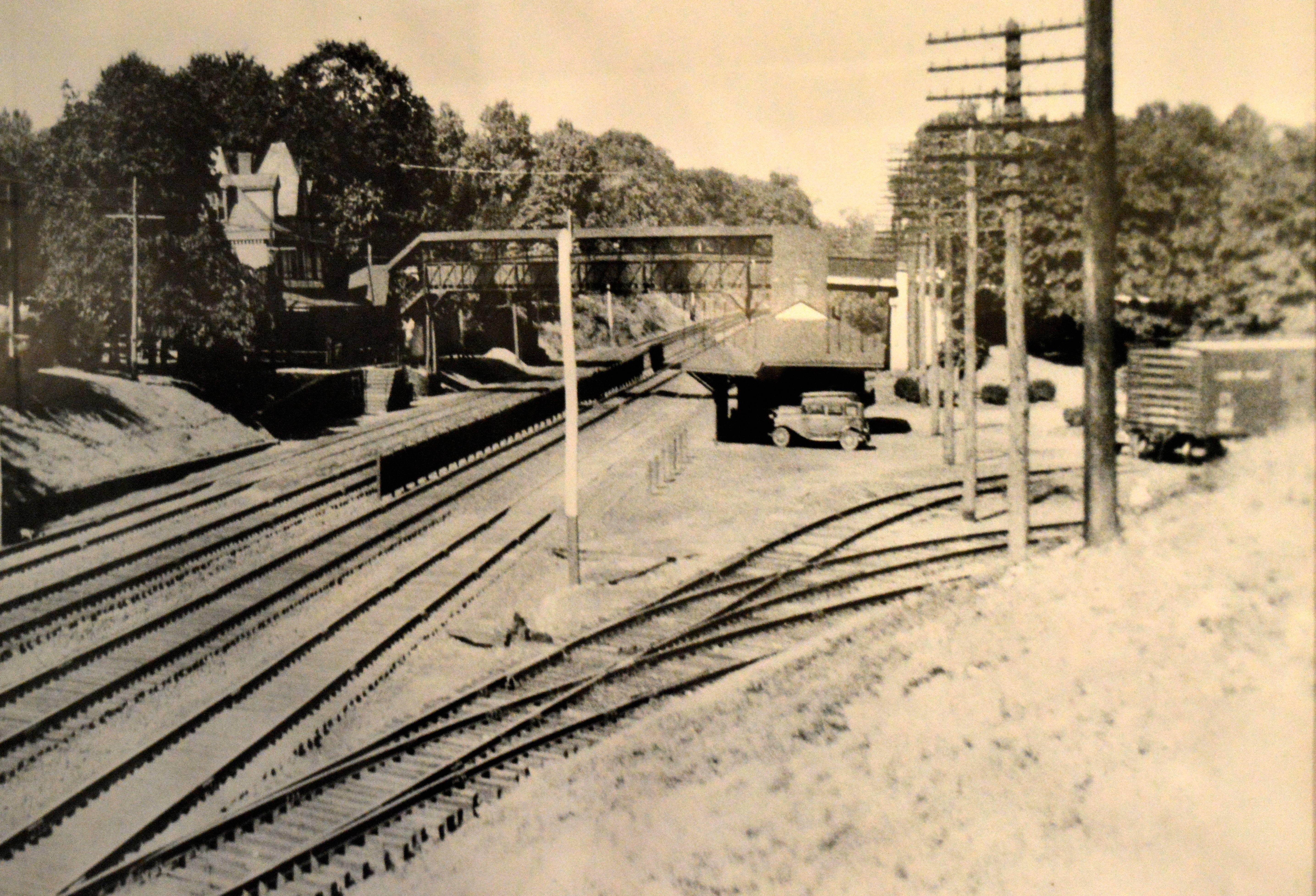 9c914c6214ccf89ab7b3_Train_vintage_photo.JPG
