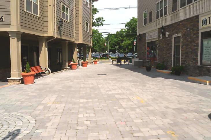 9c95257a579a3e95e837_Pedestrian_plaza__2_.jpg