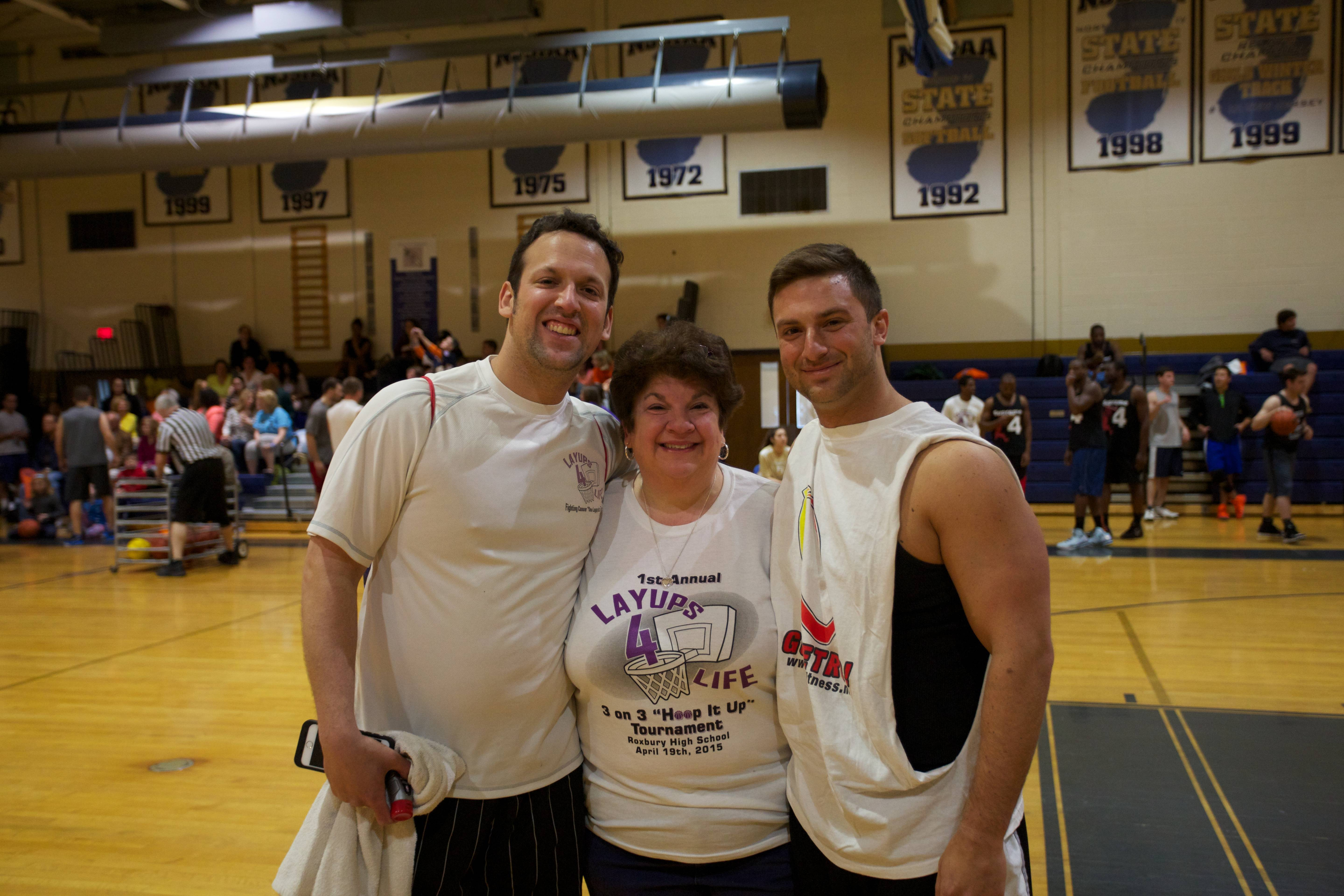 a0e5cc5697ef2ec35c72_dan_and_mom_and_brother.jpg