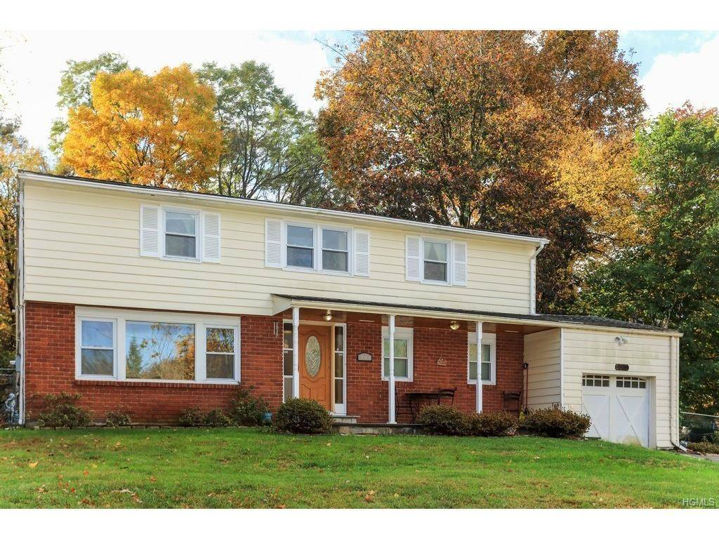 a3d8a2a7669166ac3dab_993-barberry-road-yorktown-ny-10598-0.jpg