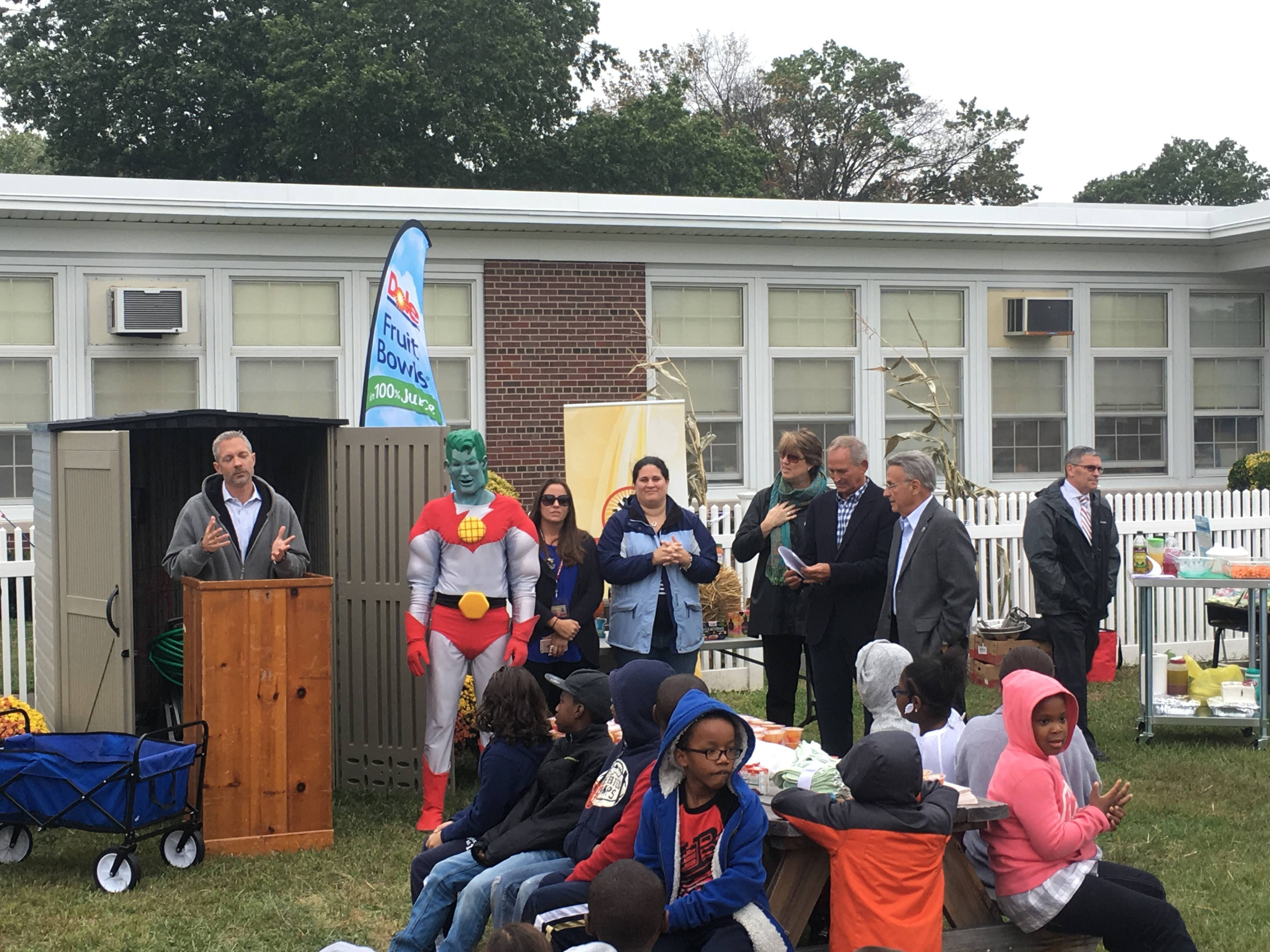 Learning Garden Unveiled At Battle Hill School News Tapinto