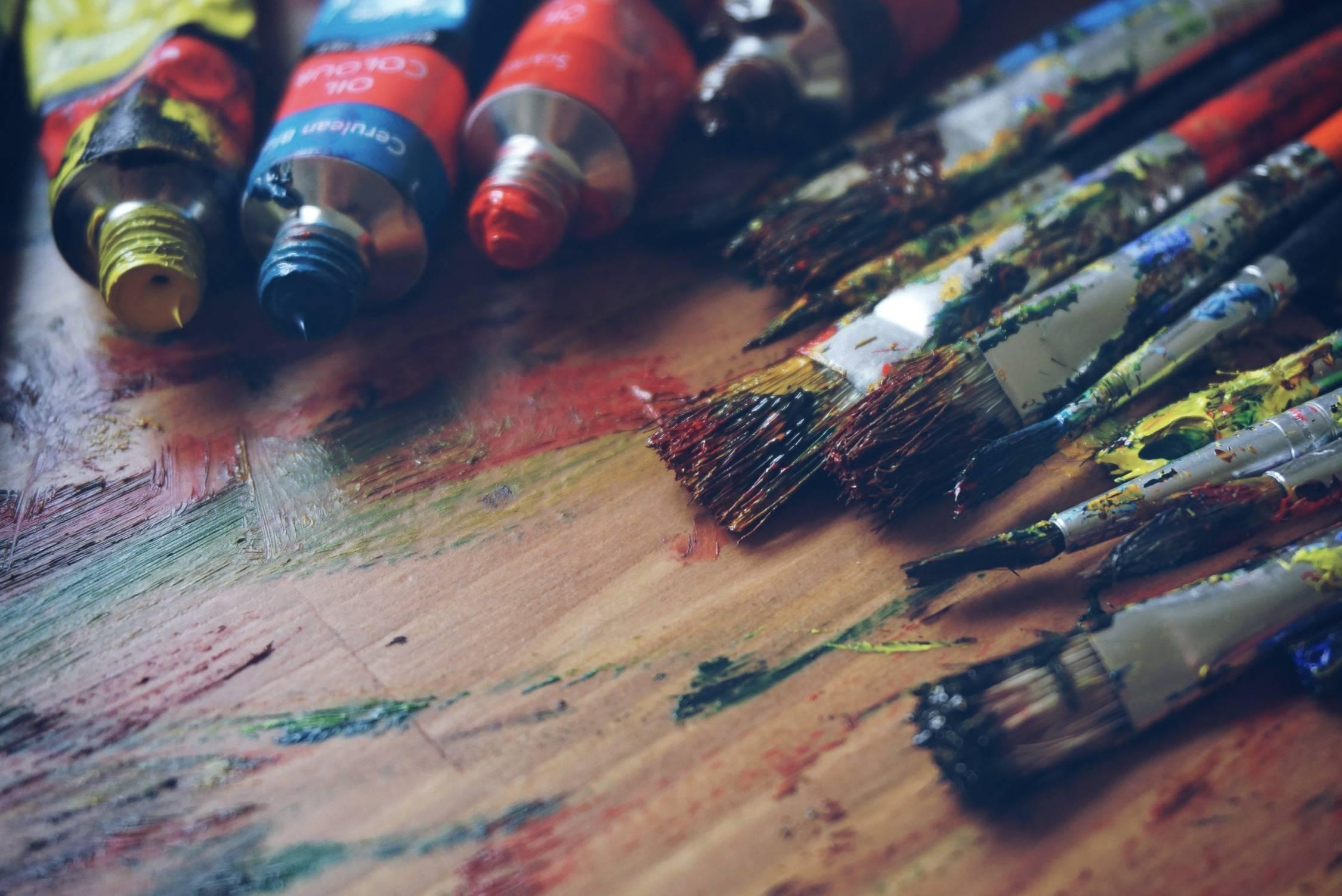 a93df643df89138ead1c_painter.jpg
