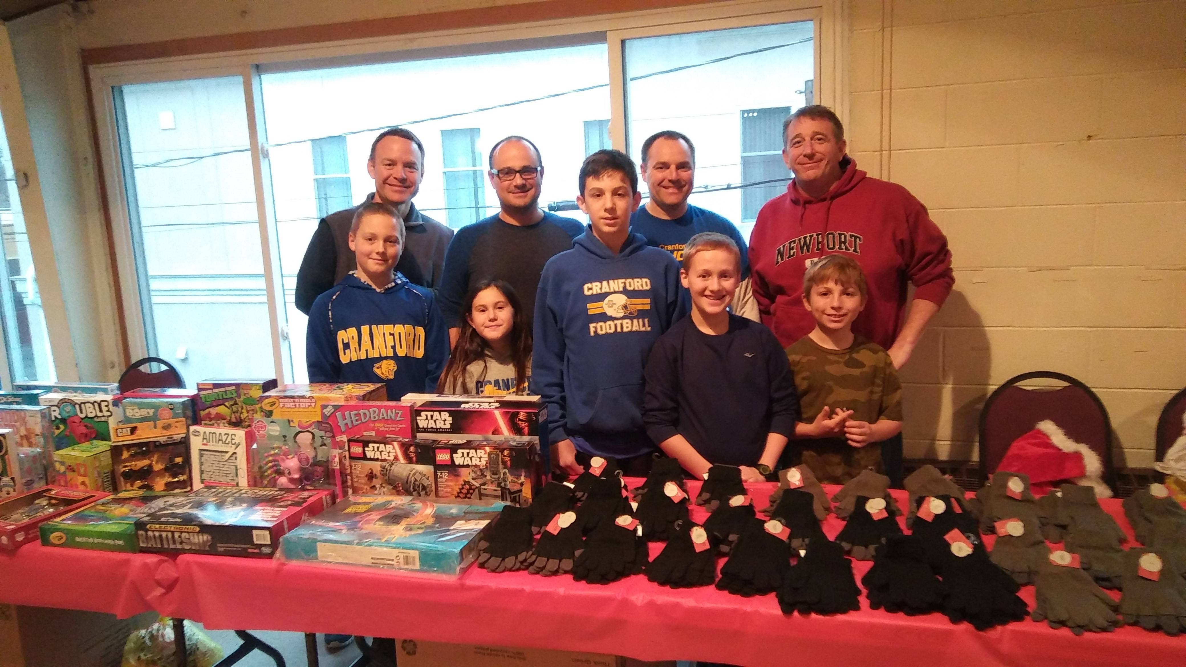 aae182f19e8604ba908a_The_Cranford_Jaycees_donated_a_variety_of_toys_and_clothing_for_the_guests.jpg