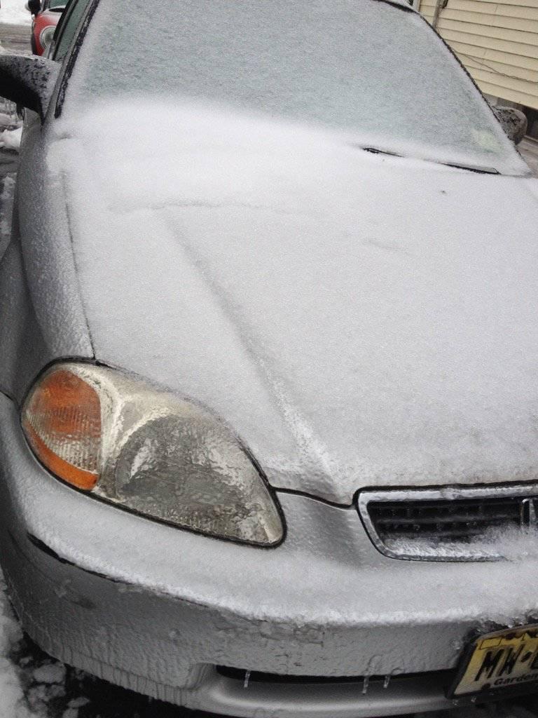 ac8b25e5cd2fb6e59690_Icy_Car_Honda_Civic_Snow.jpg