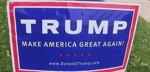 ae657fff105305b2925d_Sign_Trump.jpg