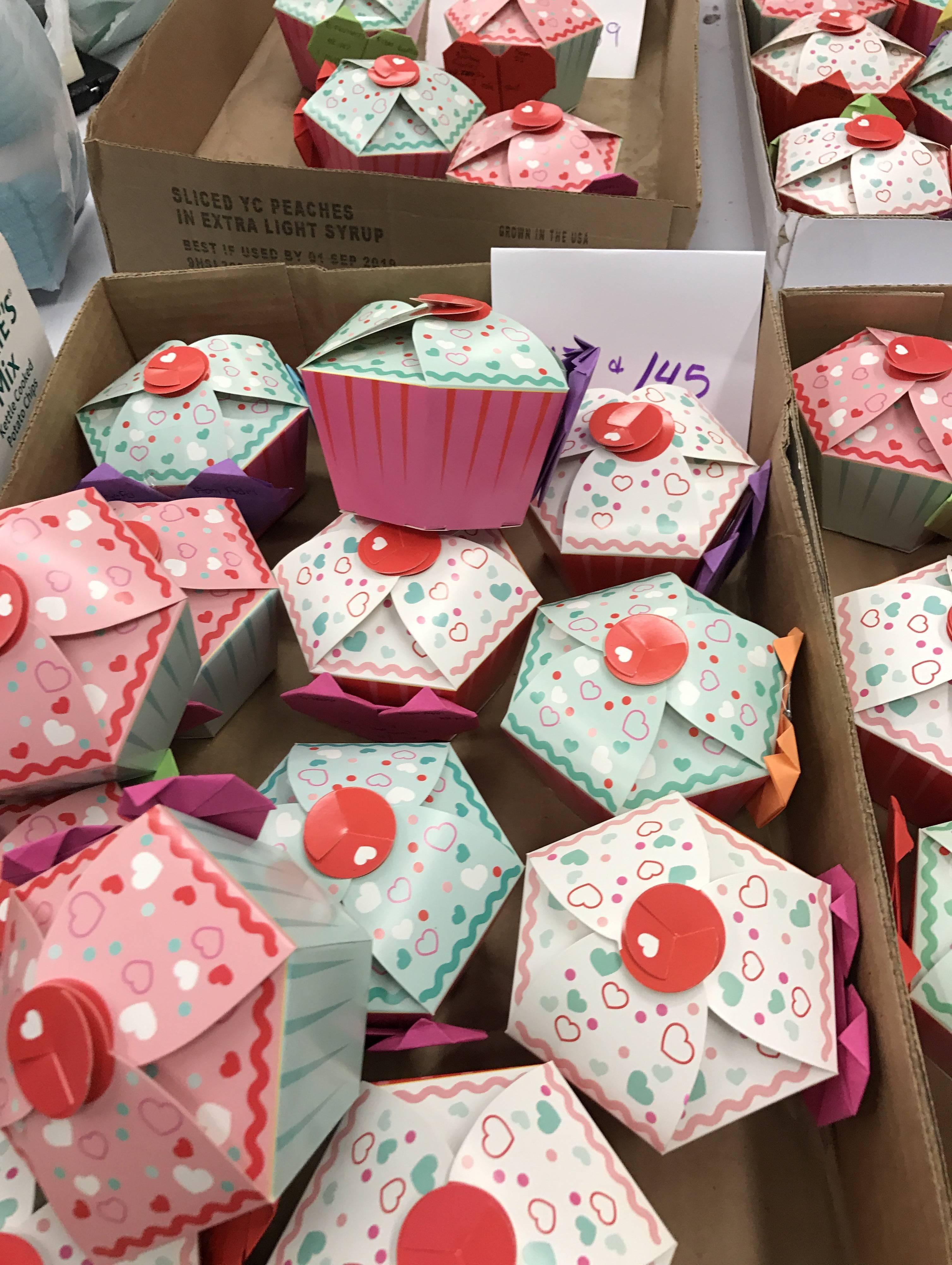 afe29ebd74a33ec163fc_cupcakes__2.jpg