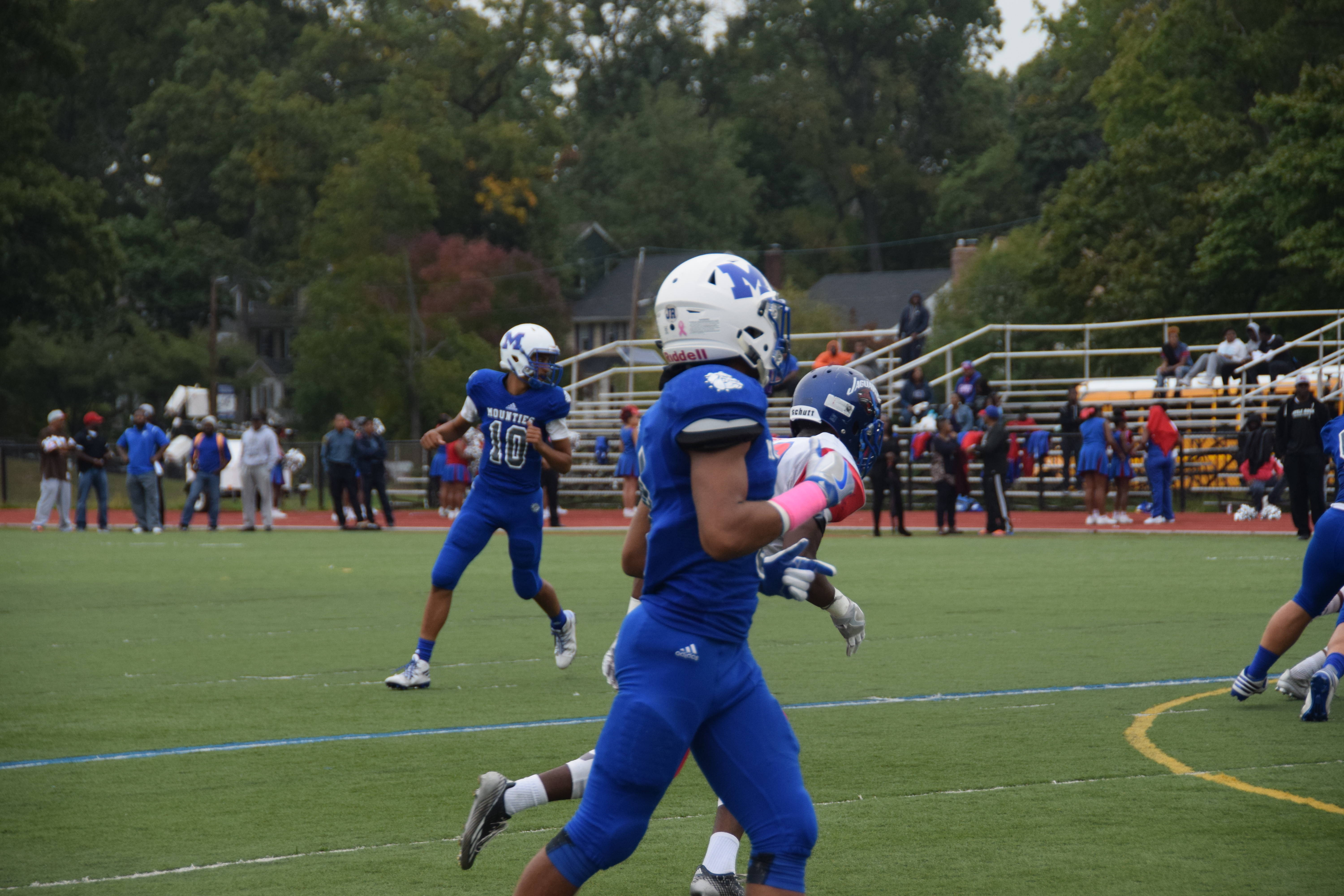 Montclair Hs Football Overpowers East Orange 55 10 Tapinto