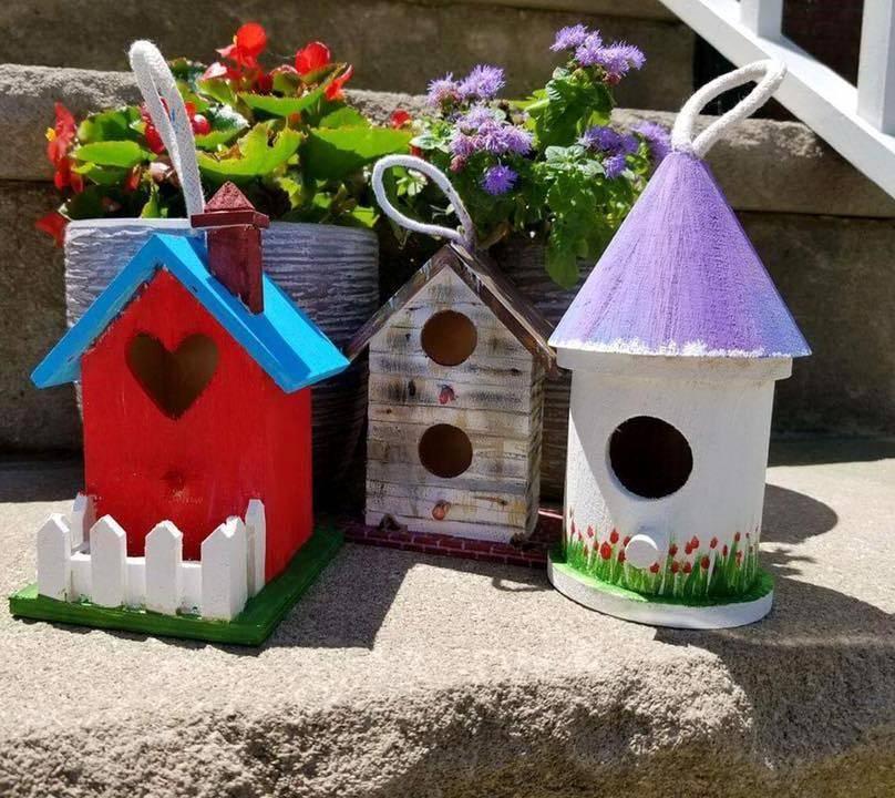 b57275af0325c00e01b2_sompixbirdhouses.jpg