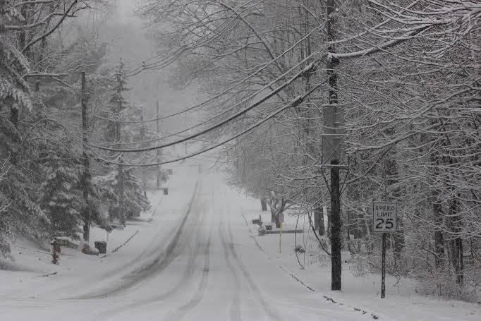 b5dab9f0506c556695c9_Snow_hill.jpg
