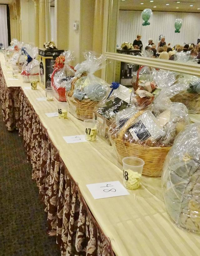 Center for Hope Hospice in Scotch Plains Raises Funds for Charity Care at Annual Fashion Show