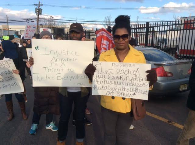 bb42feaa7421003686d6_Immigration_rally_4.jpg