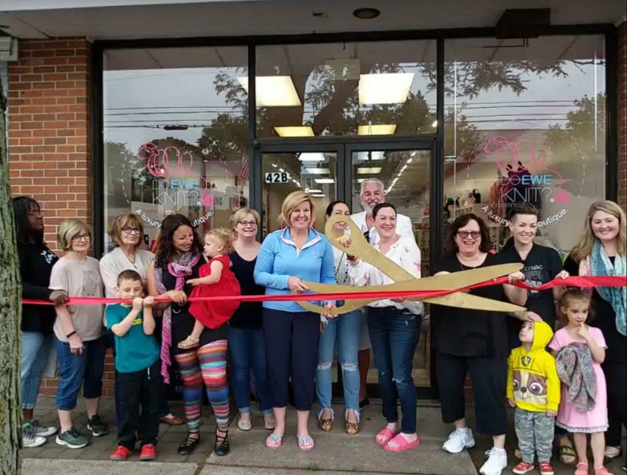 bd2cfe1f4eb3a8e71fa8_ribbon_cutting.JPG