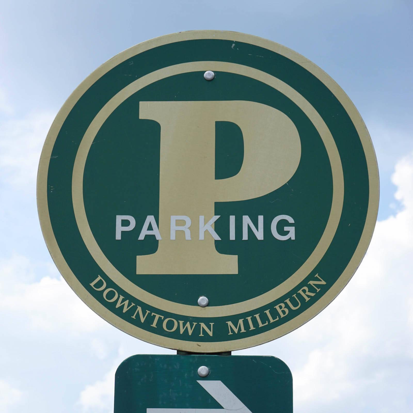 bf3675f58fa30644734d_ec9c78d0fa8836db78ee_parking_sign-1.jpeg