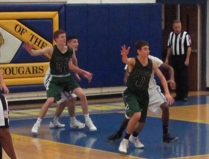 c0a4d114cfa7bd1b5d19_Chris_Feringa__21__and_Curtis_Lyons__11__both_post_up_in_the_paint.jpg