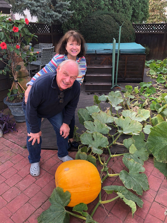 Essex county residents grow giant pumpkin montclair nj for Best pumpkins to grow