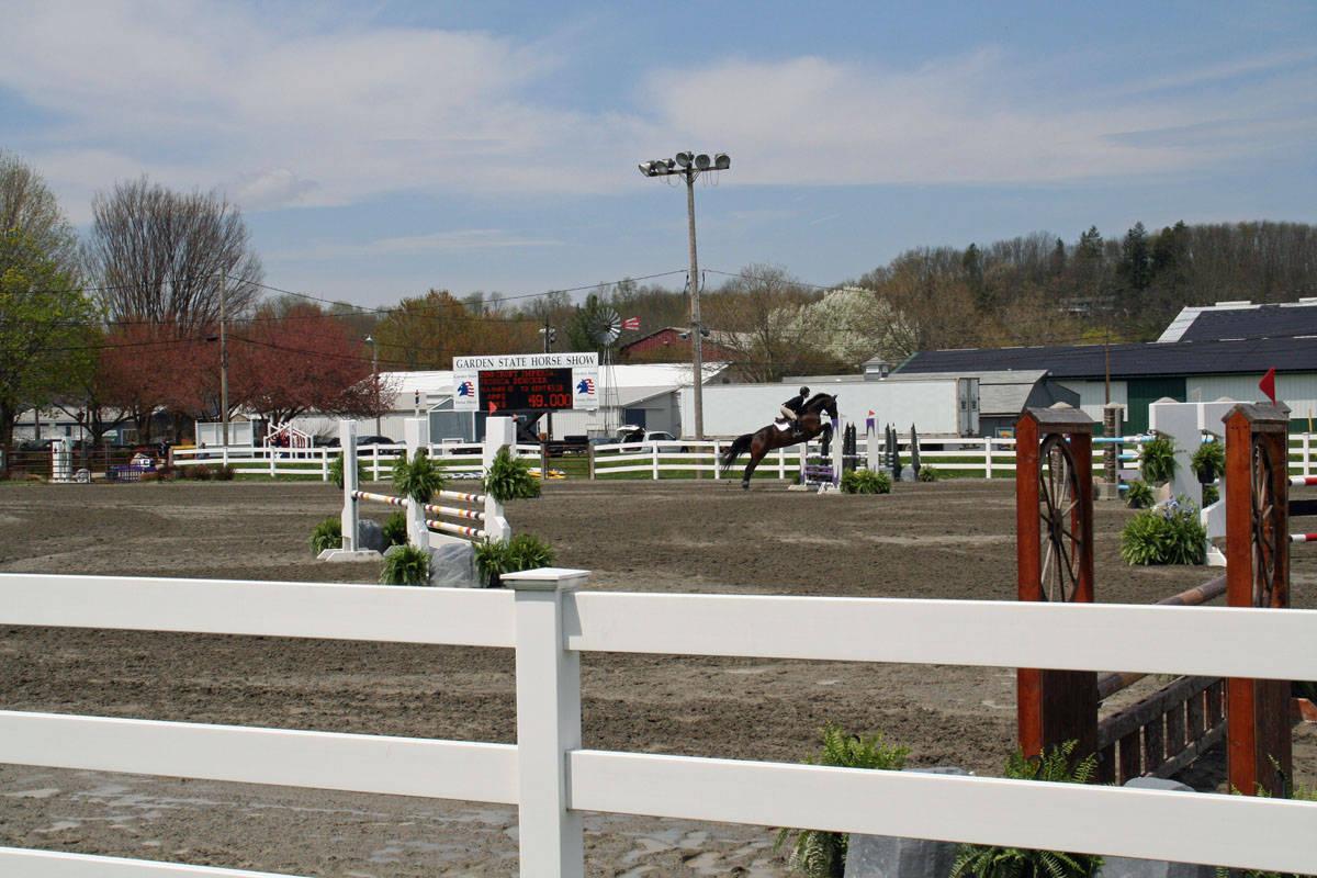 cb2766879e8f6b1fd10b_Garden_Stat93e_Horse_Show_18_By_Lillian_Shupe.JPG