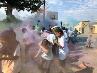 cd3156eb7c5a8eda37b4_24eda86f4e99659cae01_Color_Run_1.jpg