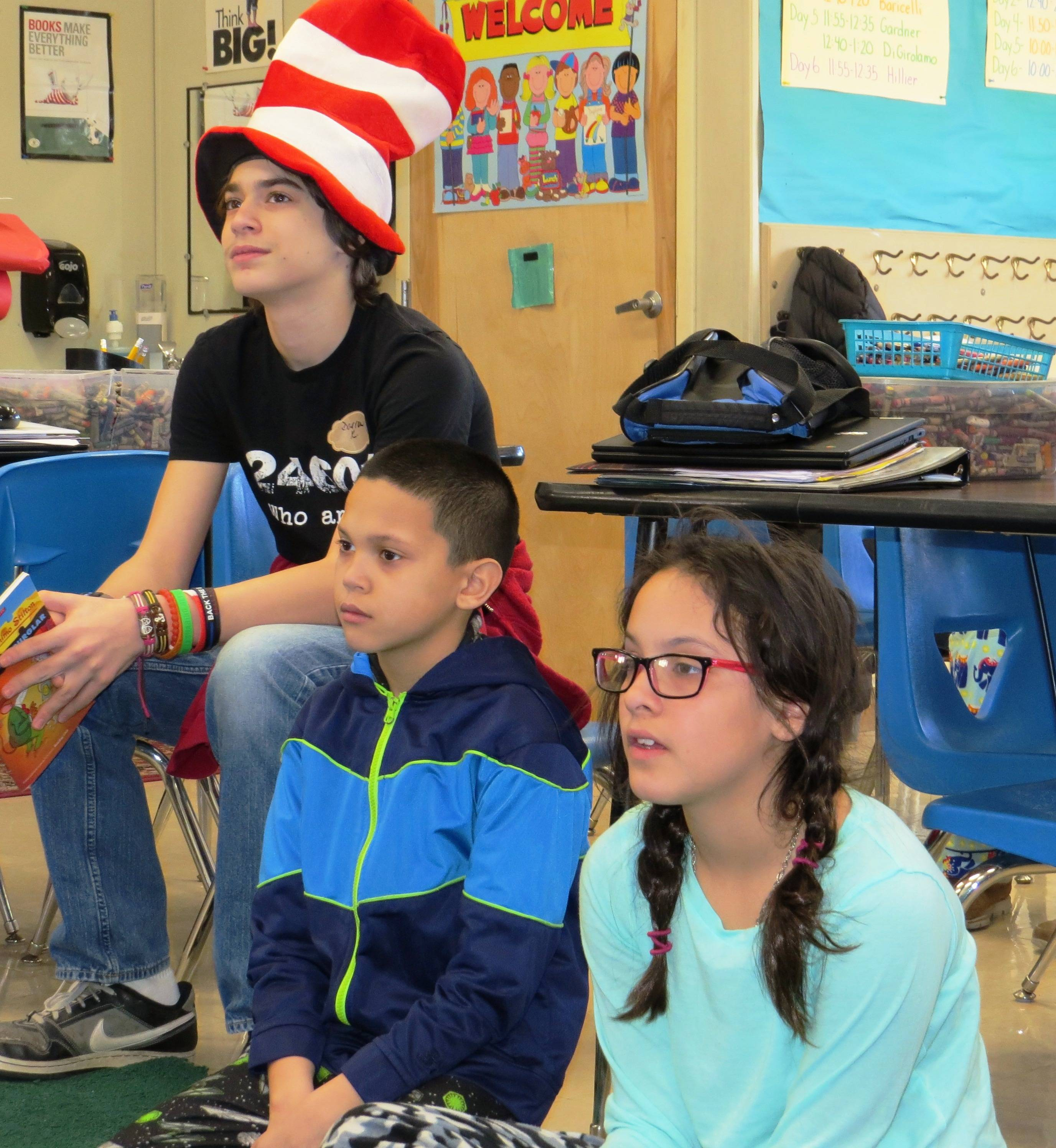 Children in Clark, Floyd counties celebrate Read Across America