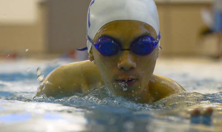 001277e5bec9dcf078b0_swim_team_movie.jpg