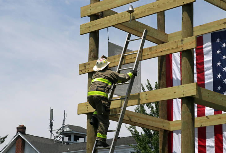 01721e63f34c93eeafa9_Tri-County_Firematics_-_Ladder_2018_-_credit_Tom_Salvas.jpg