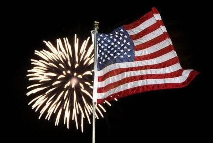 01a20093d5bbfd5cbe66_american-flag-and-fireworks.jpg