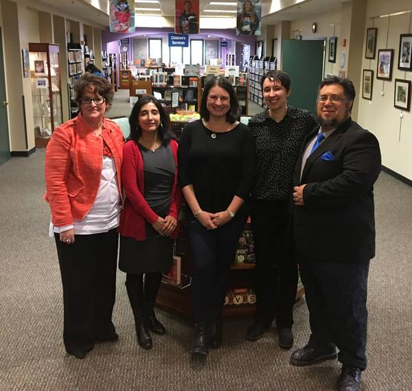 Warren Library Hosts Business Makers Day