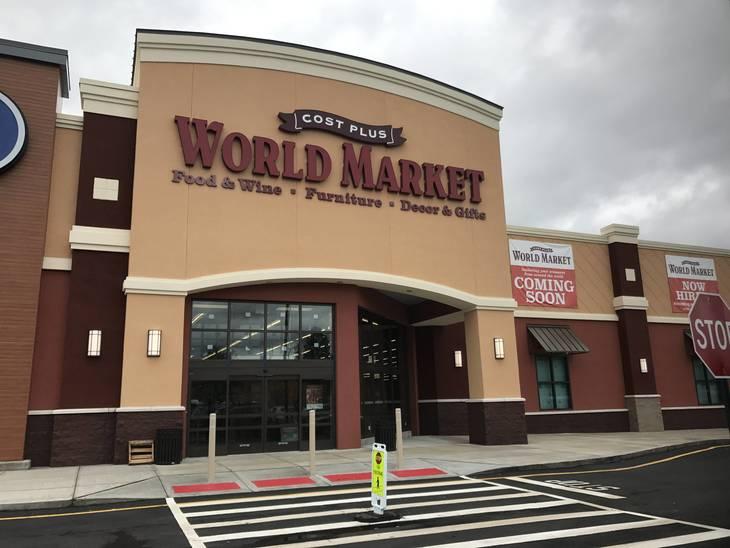02ccbca6c4224b32e56e_worldmarket.JPG