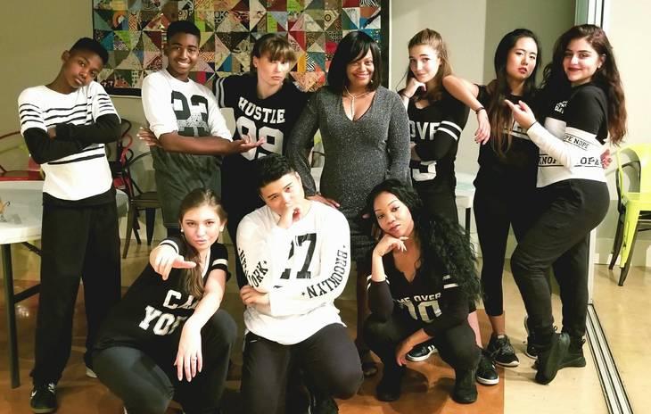 03462785c8843dc4e781_Opera_Premier_-_Forte_Dance_Crew.jpg