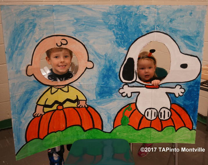 0382a58fa865ec760e10_a_Henry_and_Parker_Truglio_pose_as_Charlie_Brown_and_Lucy_at_the_Monster_Bash__2017_TAPinto_Montville.JPG