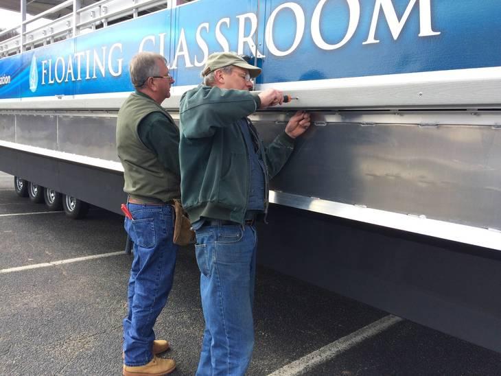 05bc1e7257432b6cbd4c_Floating_Classroom_readying_vessel.jpg