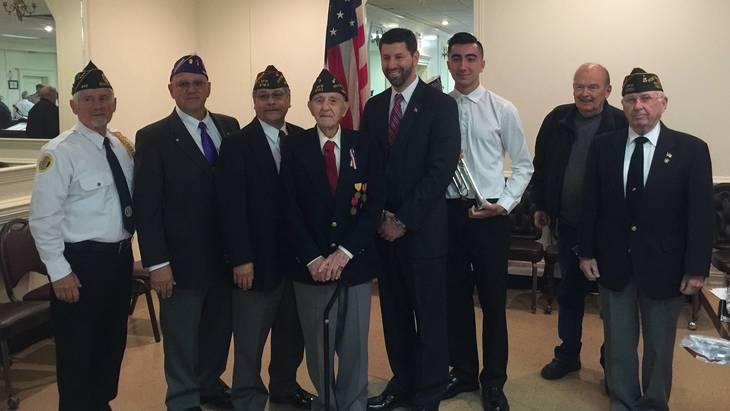 0959a7f41633cfb35e7d_veterans_Day_a.jpg