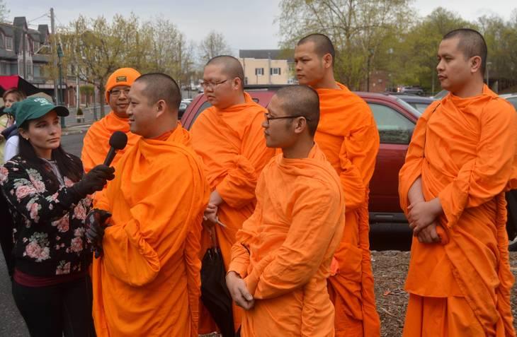 0b0dc2276f3d1ecc09f8_f8_monks.JPG