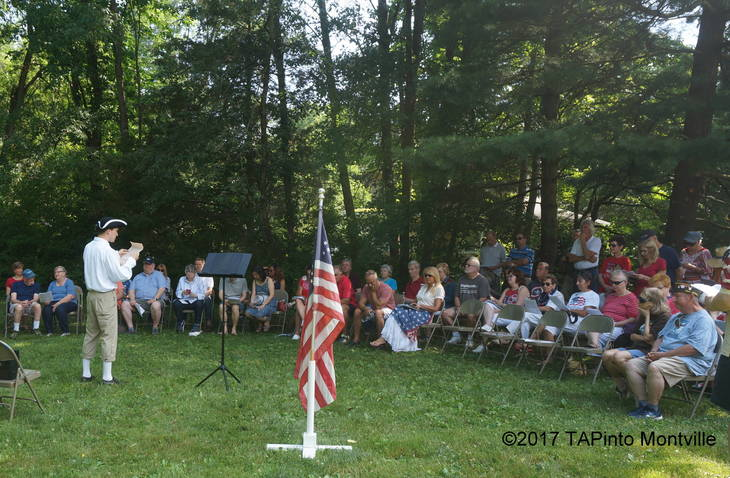 0d027b80e5dac072cd8e_a_Freeholder_Hank_Lyon_reads_the_Declaration_of_Independence_2.JPG