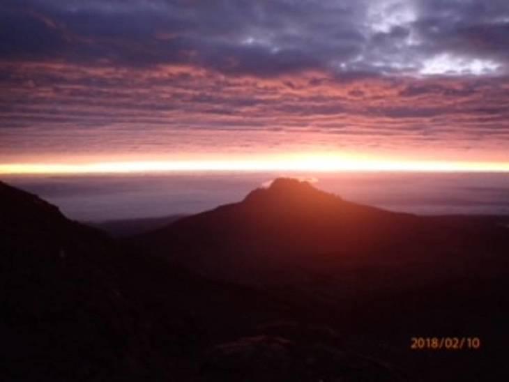 0deeea8add67d7aba47a_Kilimanjaro6.jpg