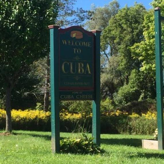 0ea83cea5cafe479441b_Cuba_entrance.jpg
