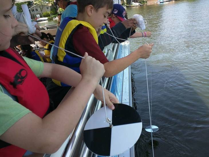 13c58b0ff4d94077f78d_Floating_Classroom_public_tours_are_hands-on_learning_adventures.jpg