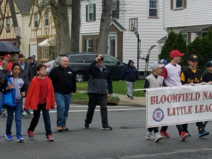 14f7c8094efdc80f6837_Bloomfield_Little_League_Parade_2017_1.jpg