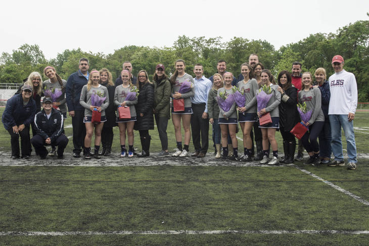 1683435cc157a8213dbc_GL_Seniorday_Photo_14.jpg