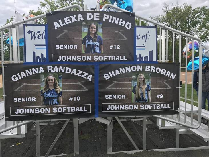16ce987bf27f38d69319_Johnson_Varsity_Softball_Senior_Day__4.JPG