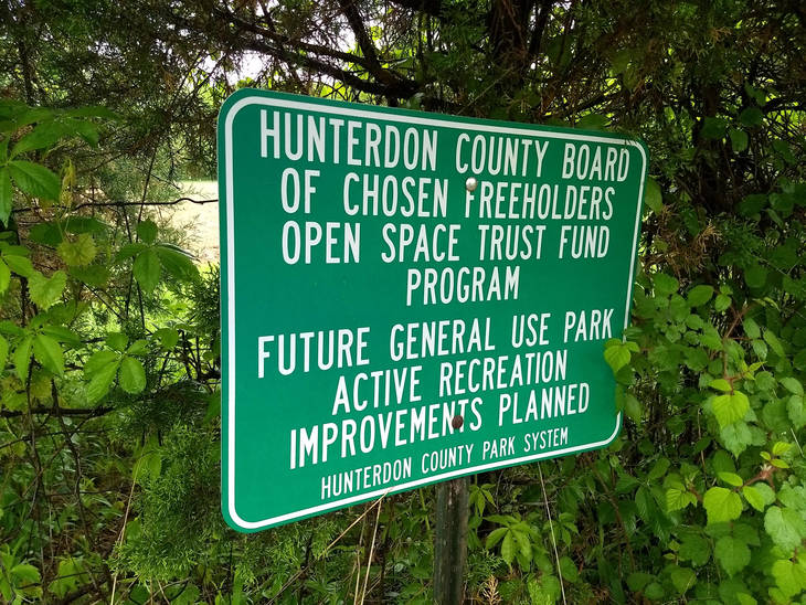 1a1682ce385ff689f7d1_clover_hill_park_county_sign.jpg