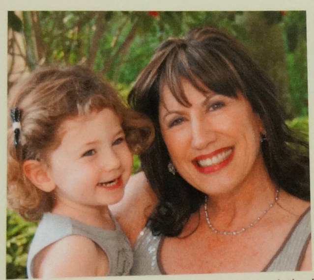 1afd749f6a790efbcb31_a_Linda_Fishman_with_granddaughter_Reese_Courtesy_of_VisualEnterprises.net.JPG