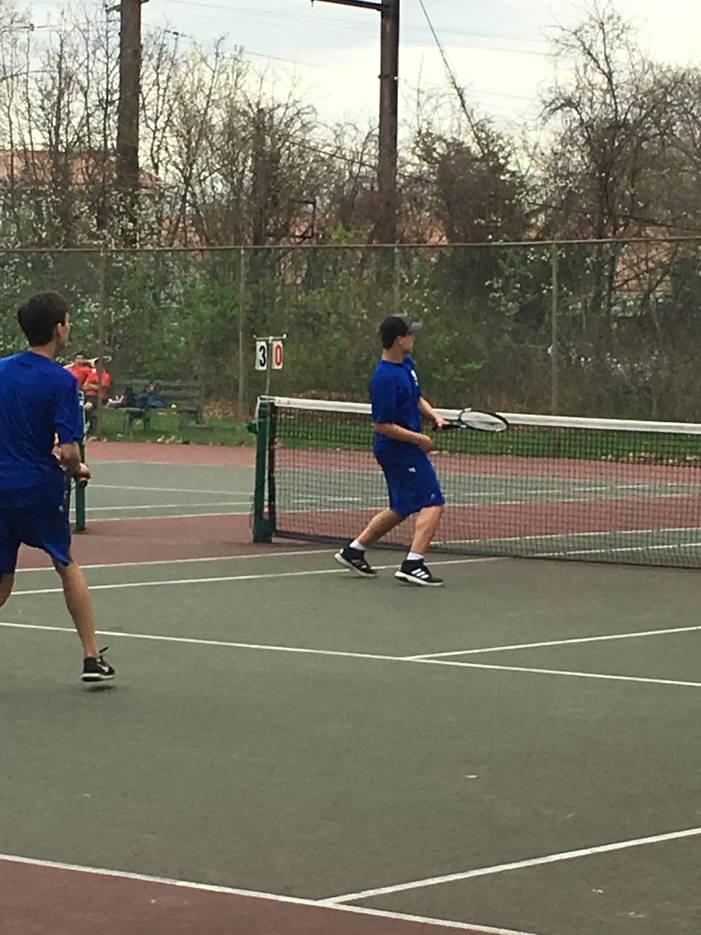 1afe59a6126a8ccbeb5d_tennis2.JPG