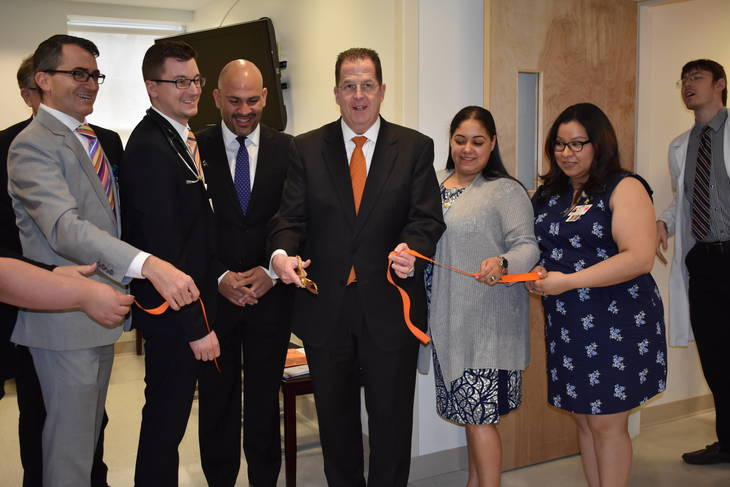 1c9921018a90f1332953_CarePoint_ribbon_cutting.JPG