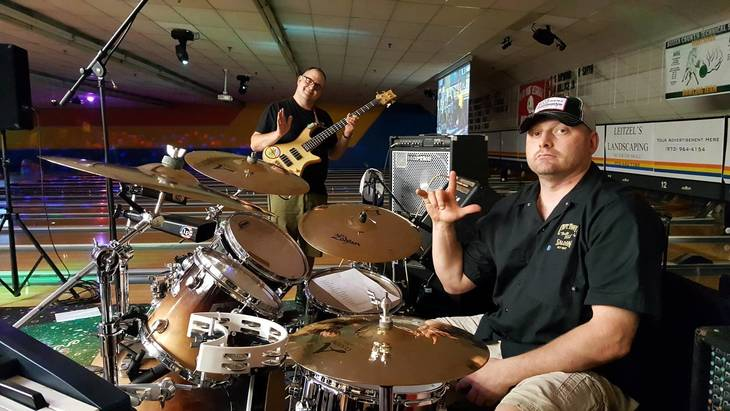 1d765b8270f26b4b72dd_Flannel_Jam_Band_for_Sparta_Lanes_RockNBowl_LIVE.jpg