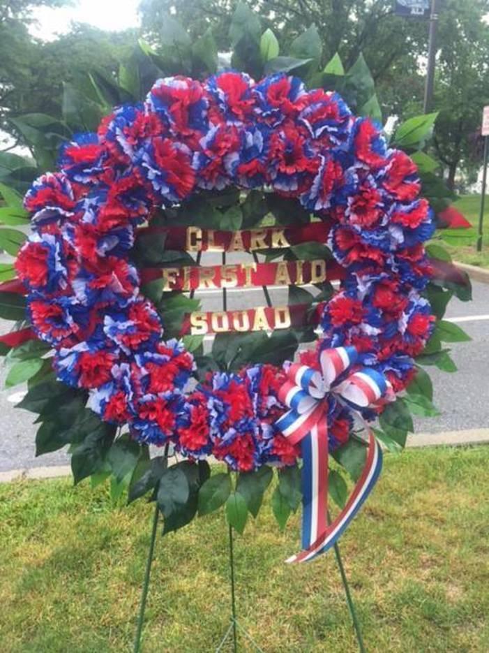 1d84255f53c8e3016886_Memorial_Day_052917_Wreath.jpg