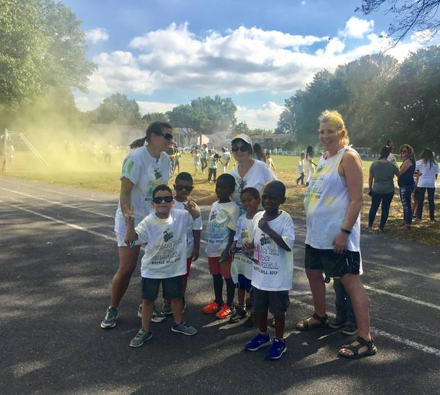 1ef8ffa557e10fbbe663_bh_color_run_18.jpg
