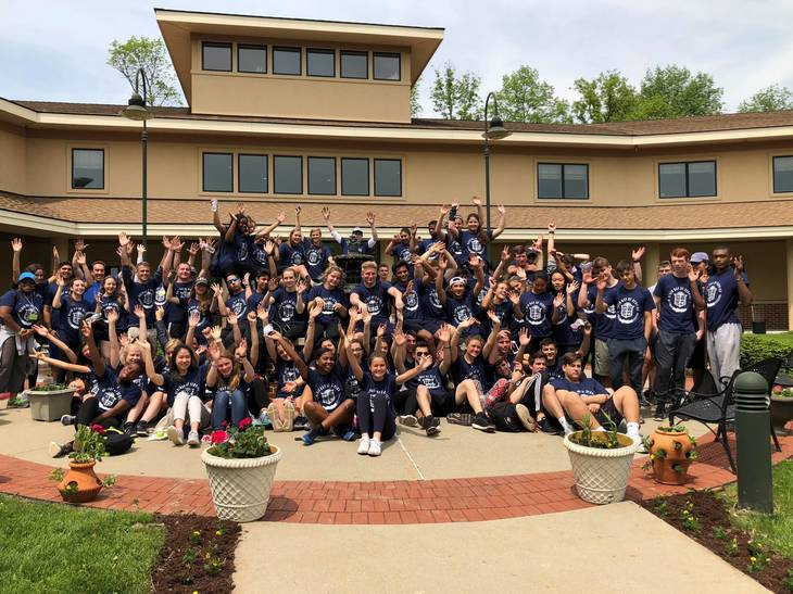 21a0cbe26679f0115bcd_Blair_Academy_Day_of_Service__Group__May_2018.jpeg